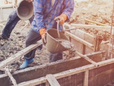 Empresa S.A. de construção civil com 24 anos