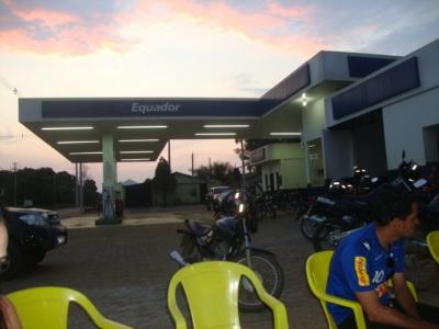 posto gasolina