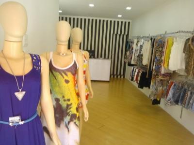 Passo Ponto Loja roupa feminina completa R$ 45 Mil (Tatuapé - SP)
