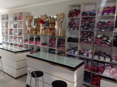 Vende-se confecção na Capital da lingerie, Juruaia