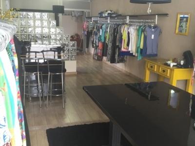 Vende-se instalação completa de loja