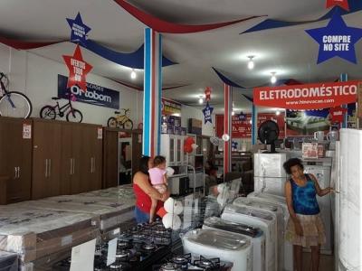Vende-se uma loja de Móveis e Eletros Completa