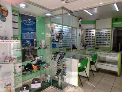 Ponto e instalação de loja no centro de Curitiba