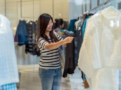 Loja de roupas multimarca no DF Century Plaza