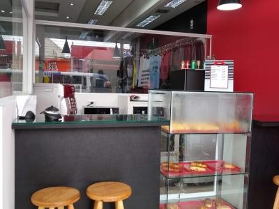 Loja de Roupas+Cafeteria+Bradesco