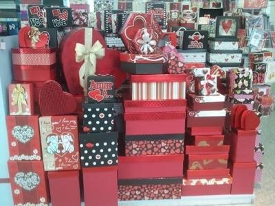 Quiosque de Cartões e Embalagens para Presentes