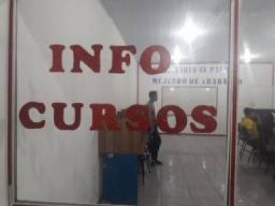 Vendo Escola de Informatica
