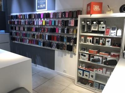 Loja de acessórios  e Tecnologia em Shopping