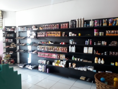 Loja de cosméticos oportunidade de ter seu próprio