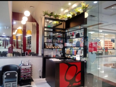 Lindíssimo salão de beleza em shopping no Recreio