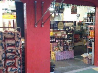 Distribuidora de Bebidas - 15 Anos no Local