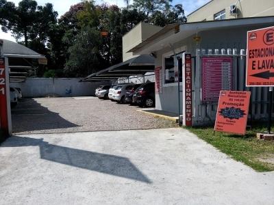Estacionamento e Lava Car