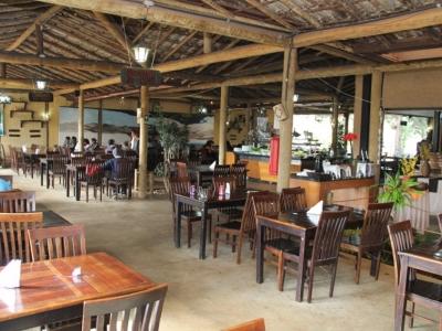 Restaurante Tradicional no Jd. Canadá - Nova Lima / MG