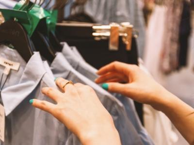Vendo Loja de roupa completa