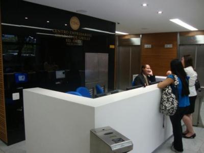 Sala comercial 60m2 vista livre para Bahia de Guan