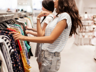 Vendo Loja de roupas femininas completa