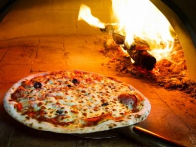 Vende se pizzaria