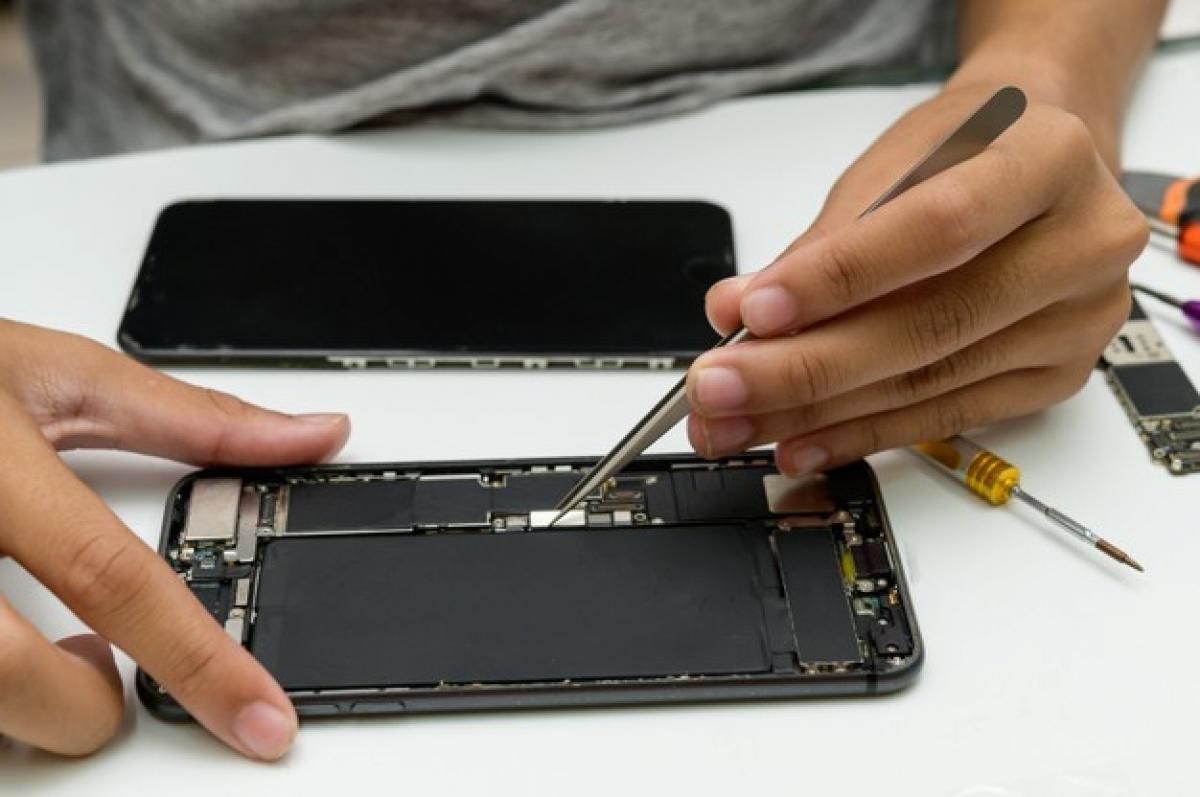 Vendo Assistência Técnica  para celular com mais de 10m anos!...