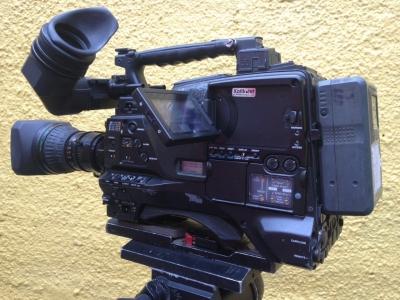 Empresa Broascast - produtora de video com todos e