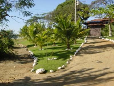 Casa para eventos - Pousada - 800m2 Construção em 5.000m2 terreno a beira da água