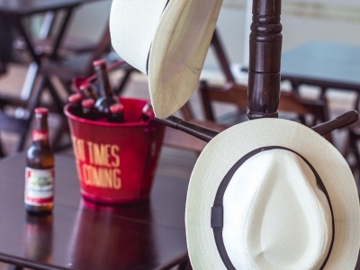 Bar e Café a venda na Trindade!