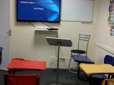 Franquia de Escola de Idiomas - Lucro de R$ 15 mil/mês previsto em 1 ano