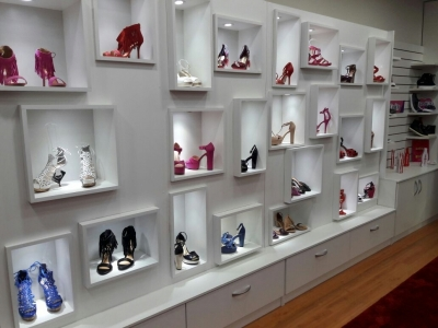 Calçados e Acessórios Femininos