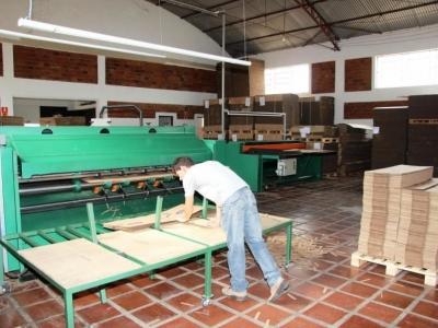 Vende-se Fabrica de embalagens de papelão (Caixas)