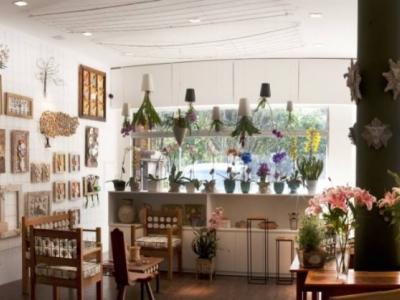 Linda loja de Flores, presentes  e decoração